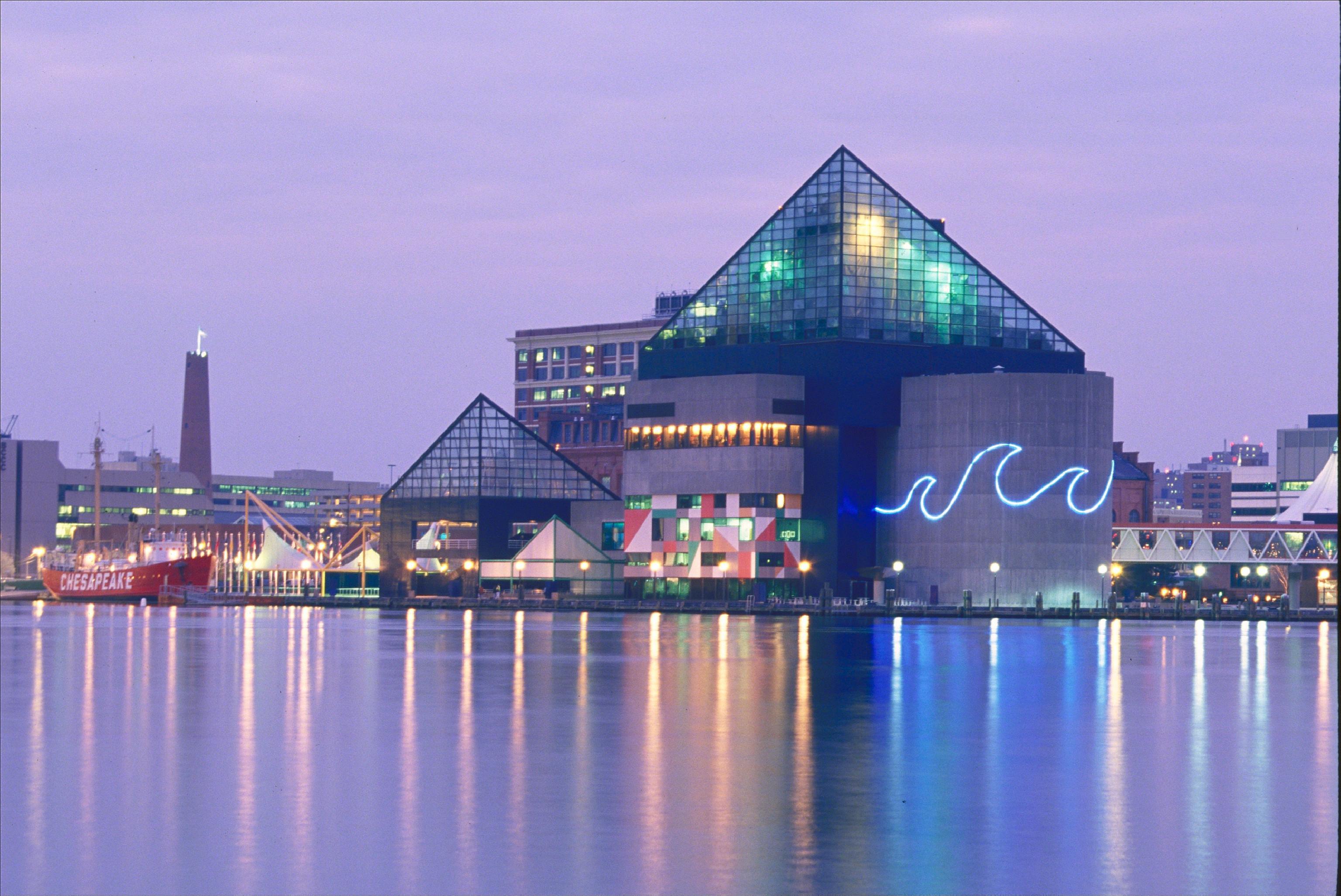 July 4th Pier Party @ Baltimore's National Aquarium ...