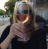 It\'s time for Rose Wine to quench the Summer Heat