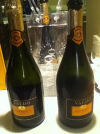 Valdo Prosecco Brut Bubbles to the Top